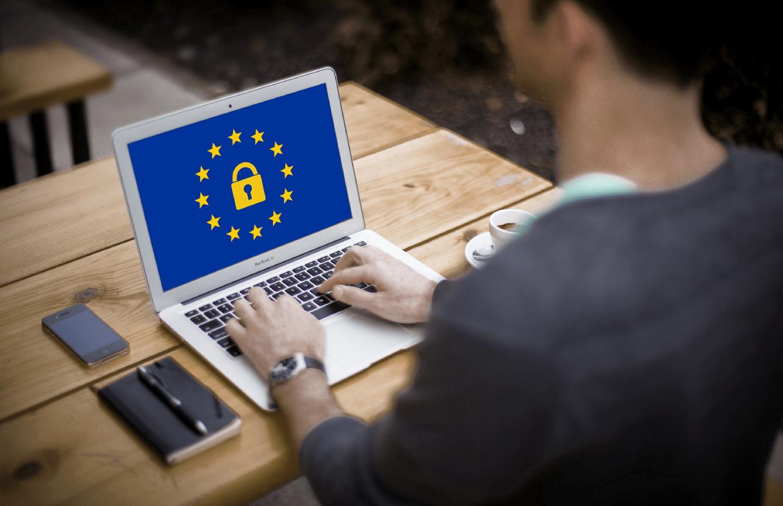 Adaptación legal Web